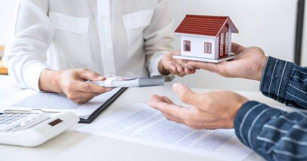20200924095142 e190 [Lời khuyên Đầu Tư] Chuốc đủ rắc rối khi mua nhà vì tiếc tiền hoa hồng cho môi giới mới nhất 2021
