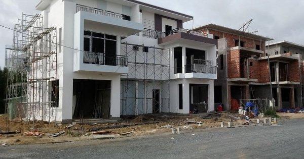 [Lời khuyên Đầu Tư] Tính tiết kiệm, ai dè tốn hơn, tôi phải bán nhà xây sẵn để tạm ở trọ mới nhất 2021